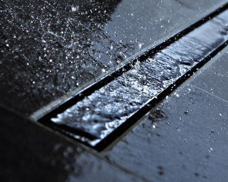 De inloopdouche in badkamertegels wint aan populariteit - Zen doucheruimte ...