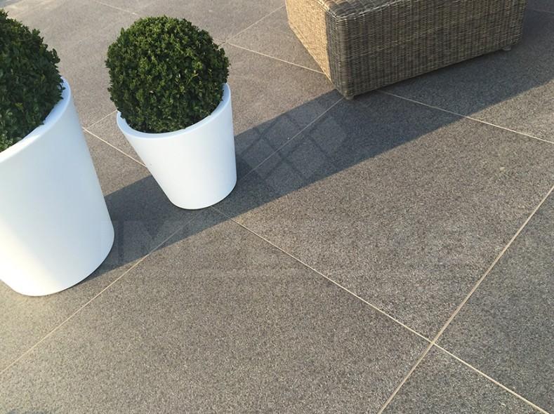 Natuursteen Tegels Buiten : Terrastegel 2cm dik